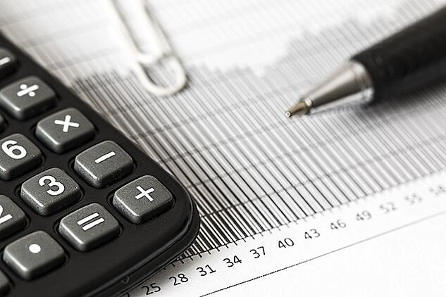 calculation-calculator-numbers-analysis