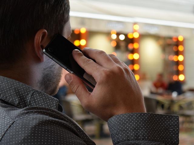 phone-call-talking-communication